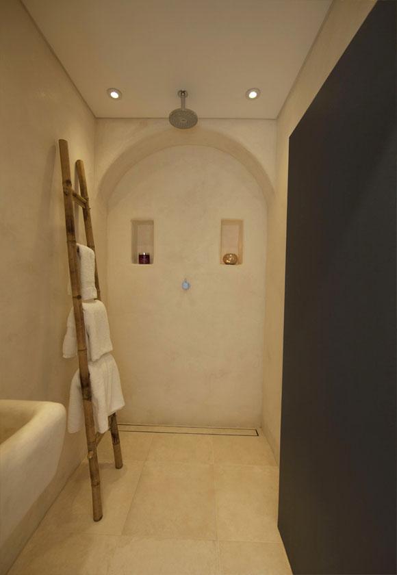bathroom-2-web.jpg